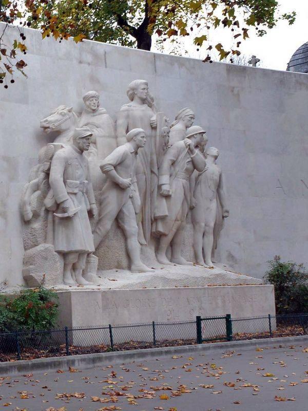 Monumento a la gloria del ejército francés
