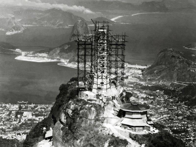 Construcción de la estatua en corcovado