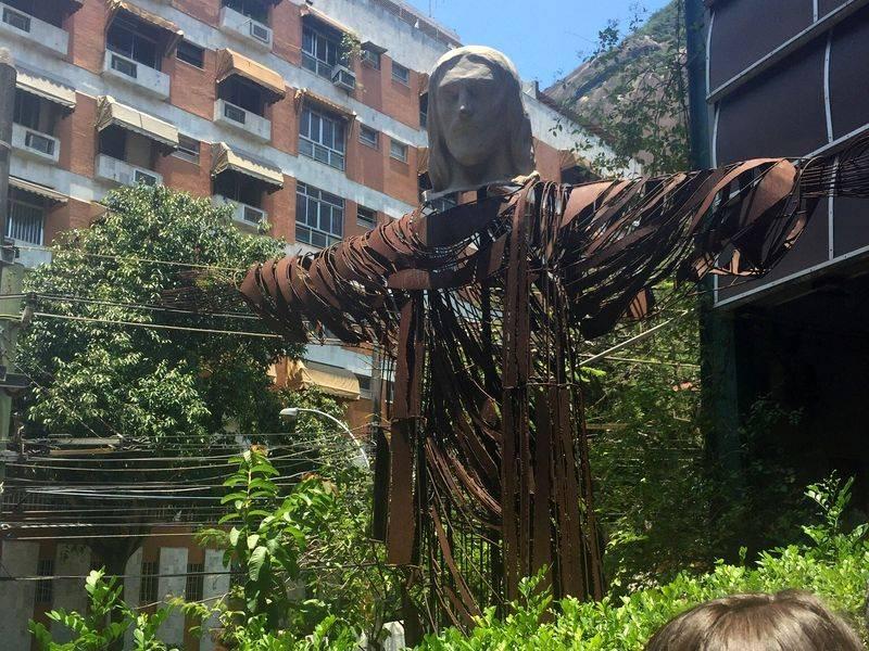 Réplica en Brésil