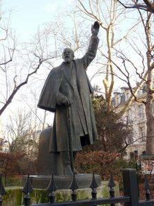 Monumento a Paul Deroulede