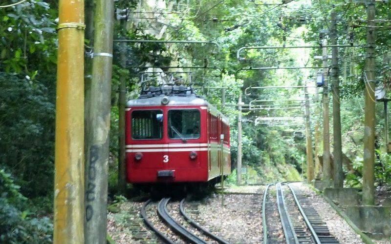 Tren corcovado