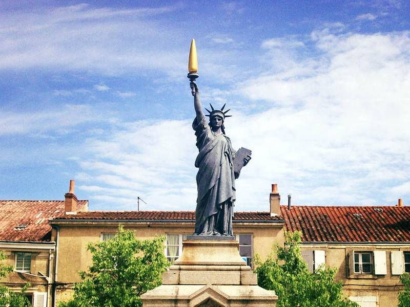 Réplica en Poitiers