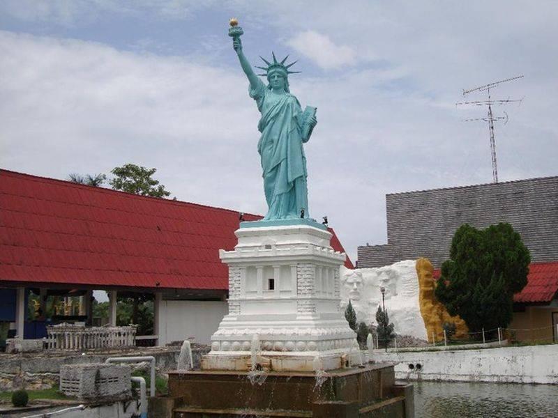 Réplica en Pattaya
