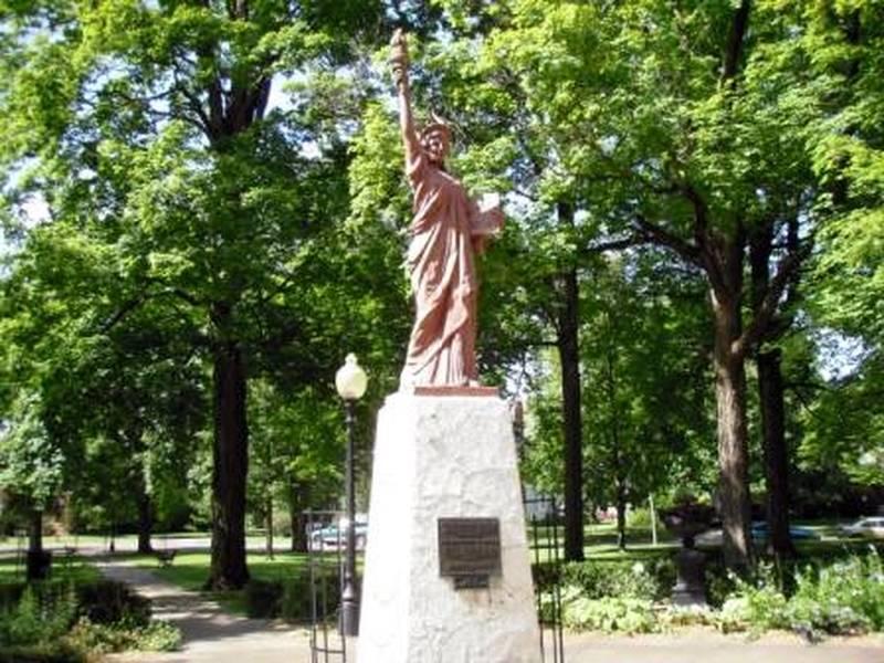 Réplica en Warsaw