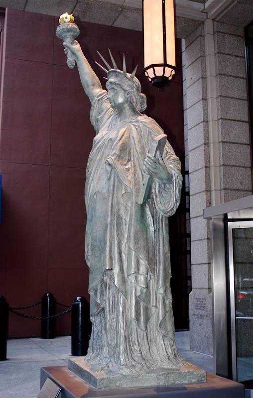 Réplica en Nueva-York