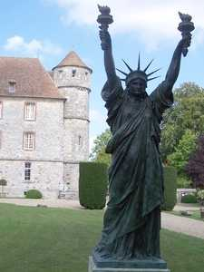 Réplica del castillo de vascoeuil