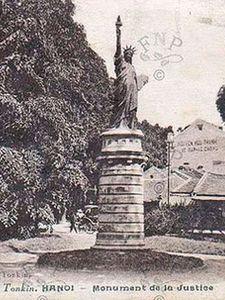 Réplica en Hanoï