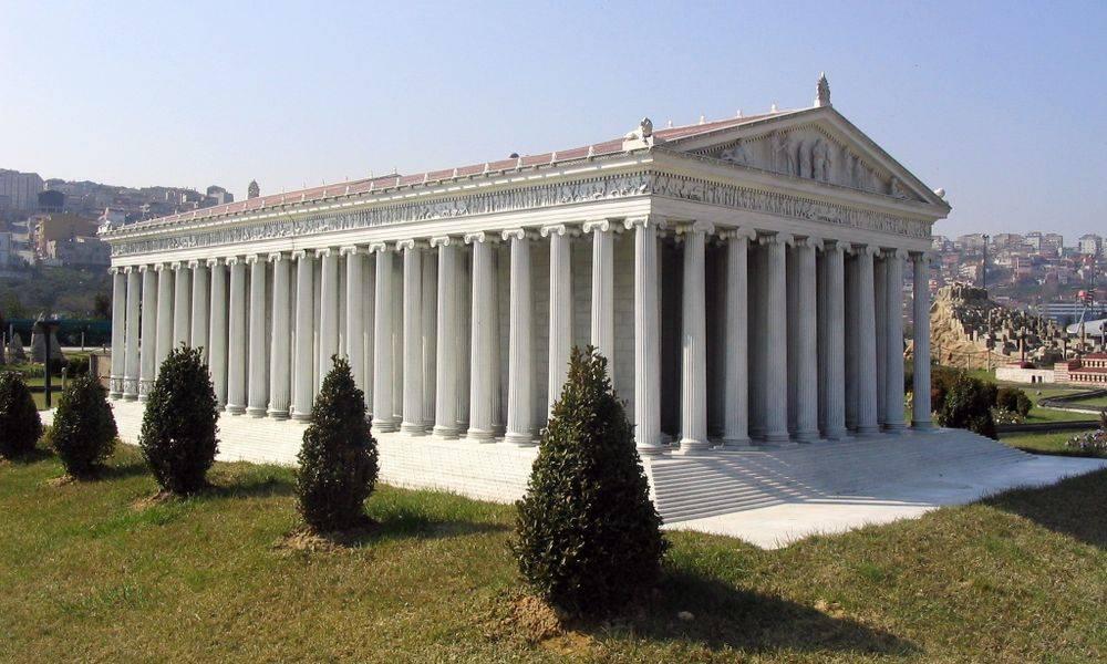 Réplica del templo de Artemisa