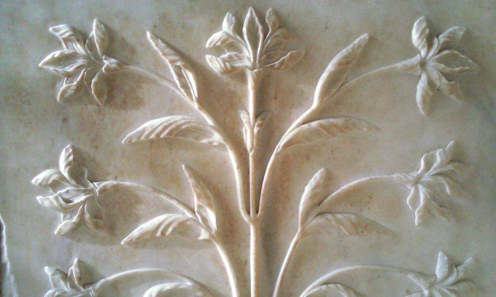 Detalle de esculturas de mármol.