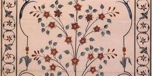 Decoraciones florales del cenotafio de Mumtaz Mahal