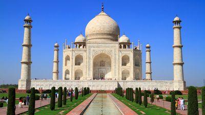 La cúpula del Taj Mahal