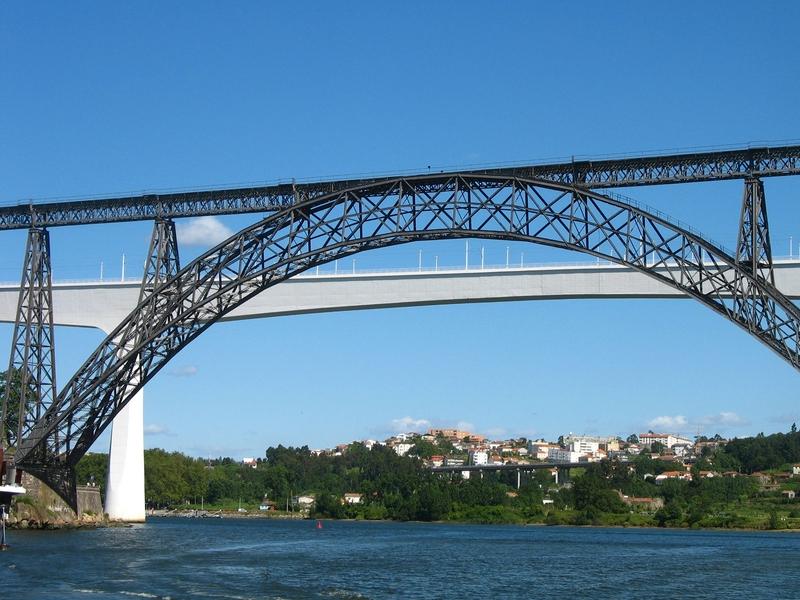 Puente sobre el Duero, Portugal