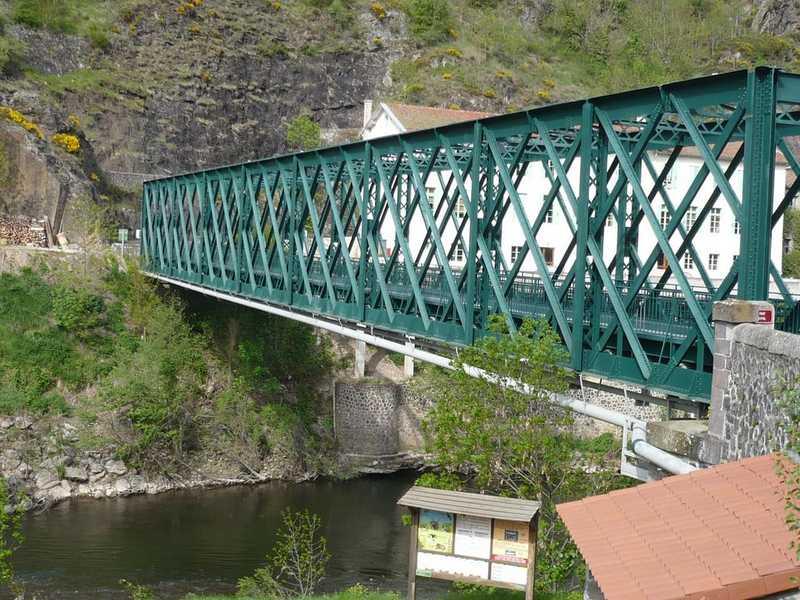 Puente de Monistrol d'Allier