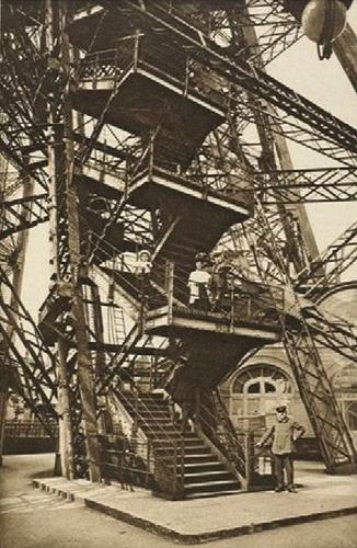 Escalera en el siglo XIX