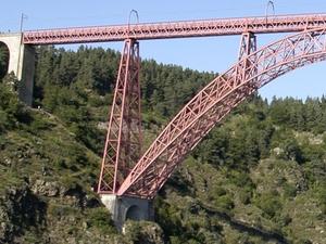 Una pila del viaducto de Garabit, en cajones