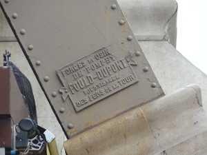 Placa que indica el origen del hierro.