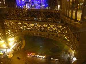 Pie de la torre Eiffel