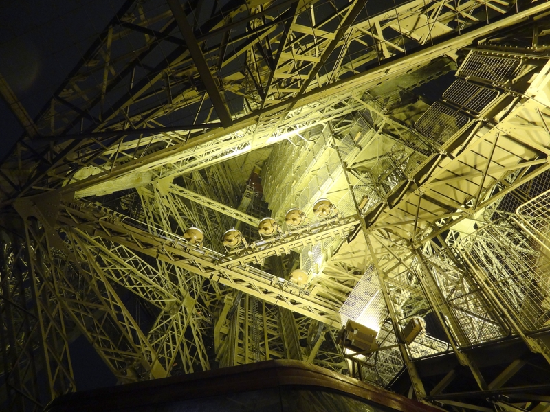 Estructura interna de la torre Eiffel