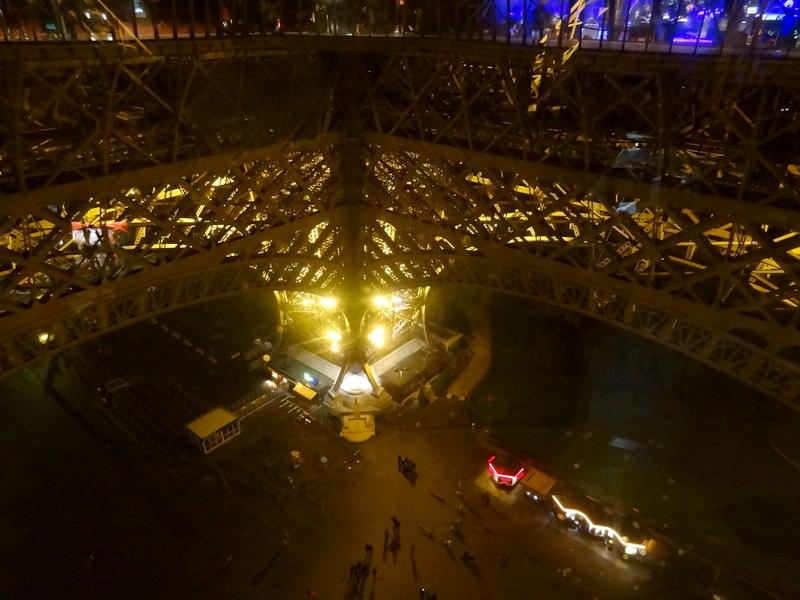 Pie sur de la torre Eiffel